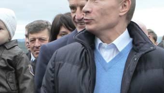 Wladimir Putin holt die WM nach Russland