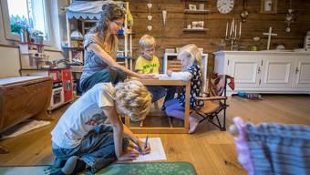 Schule zu Hause ist für Homeschooling Familien  Alltag.