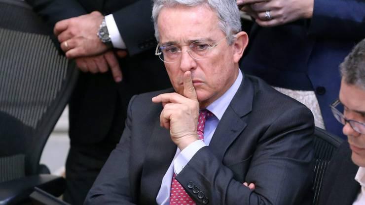 Der frühere kolumbianische Präsident und heutige Senator Alvaro Uribe ist erbitterter Gegner des FARC-Friedensvertrags. Er fordert eine Nachbesserung. (Archivbild)