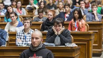 Die Jugendsession (hier im Bundeshaus Bern) hat in Wohlen einen schweren Stand.