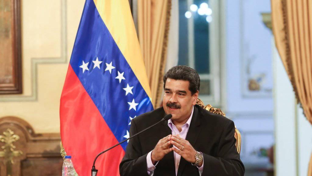 Der venezolanische Präsident Nicolás Maduro hat sich für vorgezogene Neuwahlen ausgesprochen.