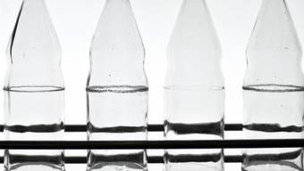Diebe pinkelten in Flaschen und liessen sie stehen (Symbolbild)