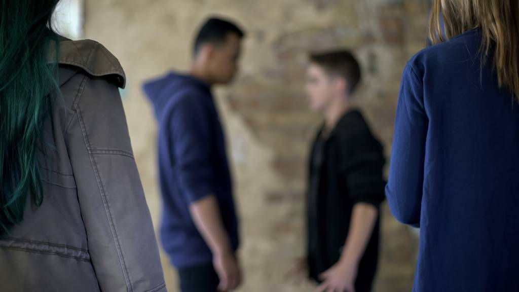 Schweizer attackiert und begrapscht 14-Jährige
