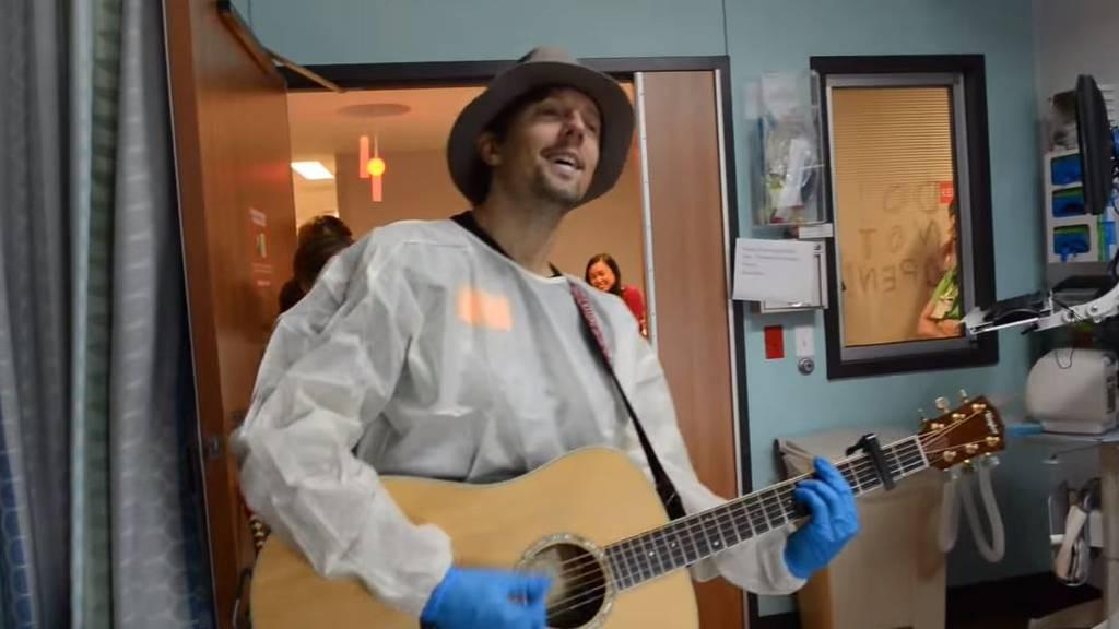 Jason Mraz: Überraschungskonzert im Kinderspital