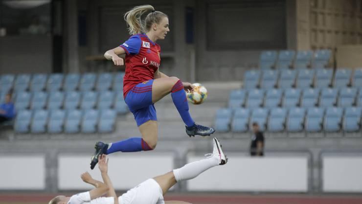 Camille Surdez und die FCB Frauen spielen erfolgreich. Aber ihre Heimspiele fanden bislang vor leeren Rängen statt.