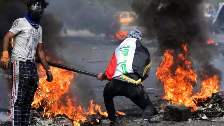 Die Wut vieler Iraker ist gross und macht sich Luft in den Strassen von Bagdad.