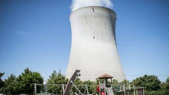 Die Nähe zu Atomkraftwerken (wie hier in Leibstadt) spricht eigentlich eher für sinkende Immobilienpreise.