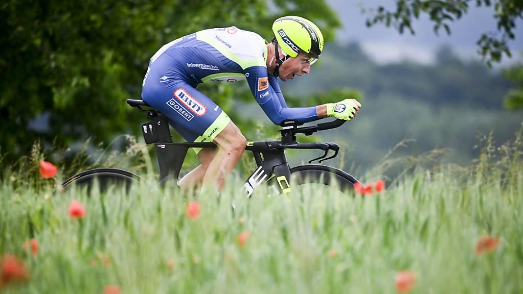 Der Tscheche Jan Hirt vom belgischen Team Intermarché-Wanty Gobert während des Zeitfahrens in Frauenfeld