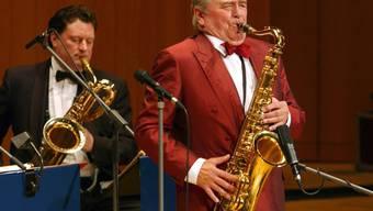 Der deutsche Saxofonist Max Greger (rechts) bei einem Auftritt im Jahr 2008. (Archiv)