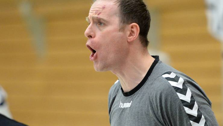 Der Basler Trainer Silvio Wernle an der Seitenlinie.