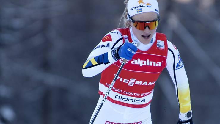 Stina Nilsson läuft dem Sieg entgegen