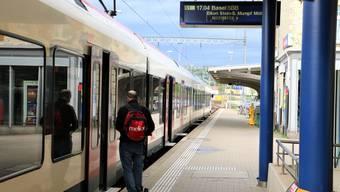 Auf der S1-Linie sind seit 2009 Flirt-Züge unterwegs. Flirt steht für «flinker leichter innovativer Regional-Triebzug».