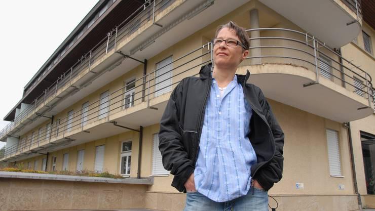 Nathalie Senn – hier vor der Kinik Sonnenblick - blickt positiv in die Zukunft. (Foto: Walter Schwager)