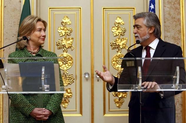 US-Aussenministerin Hillary Clinton mit dem portugiesischen Aussenminister Luis Amado.