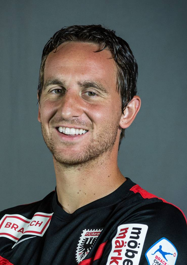 Sandro Burki spielt beim FC Aarau Fussball