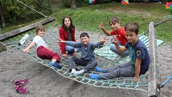 Solothurner Kinder erleben bastellastige Tage auf den Quartierspielplätzen