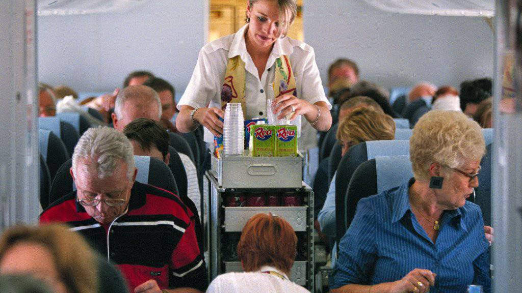 Ab in den Süden - viele Touristen müssen am Donnerstag von Belair auf eine andere Airline ausweichen. (Symbol)