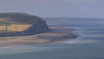 Eine mysteriöse Gaswolke hat an der britischen Kanalküste bei Hunderten Menschen brennende Augen und gereizte Atemwege verursacht.  (Themenbild)