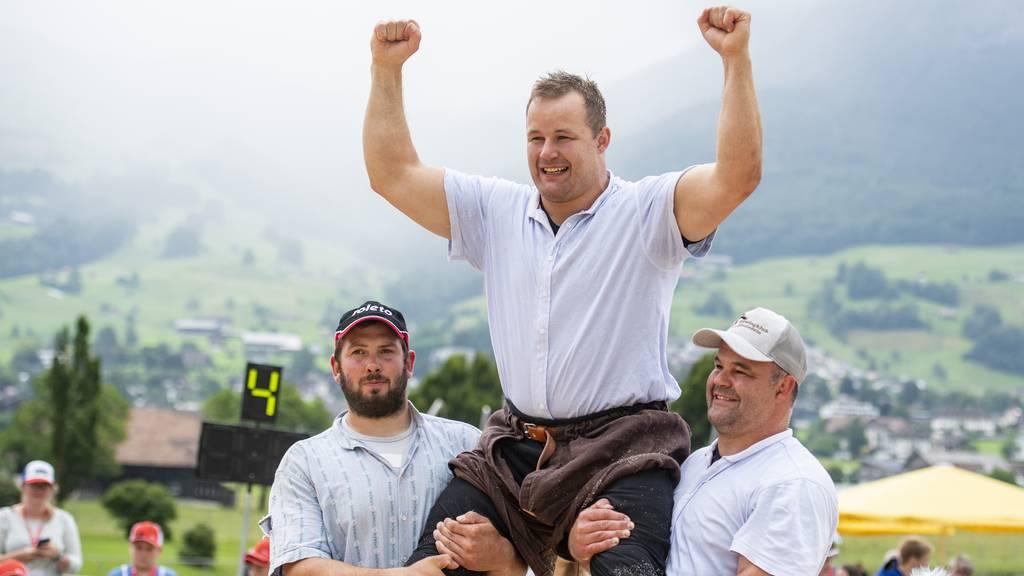 Schuler Christian gewinnt das Schwyzer Kantonale