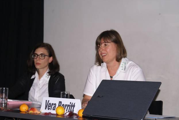 Vera Barritt leitete die Konferenz speditiv. Joëlle Kaufmann informierte über das Jahresprogramm.