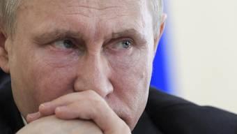 Die Schlinge zieht sich zu um Wladimir Putin - die neuen US-Sanktionen treffen Mitglieder des inneren Zirkels um den russischen Präsidenten (Aufnahme vom 27. März 2018).