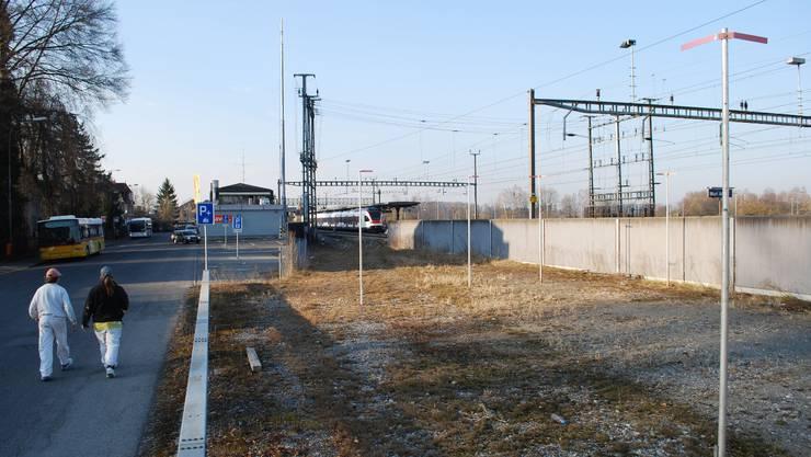 Profile zeigen, wo BarAC beim Bahnhof Muri zu stehen kommt.  ES