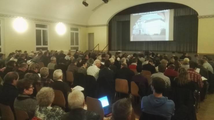 Ein Eindruck der Gemeindeversammlung in Derendingen.