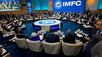 Am Rande der IWF-Tagung in Washington erklärte Bundesrat Ueli Maurer die besondere Situation, in der die Schweiz stecke.KEY