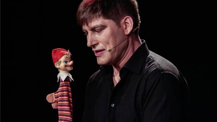 Ein Basler macht den Kaschper: David Bröckelmann leiht dem Kasperli die Stimme.