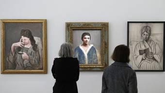 """Das Musée Picasso in Paris zeigt die Ausstellung """"Olga Picasso"""". Zu sehen sind Bilder von Picassos erster Frau Olga. Die Schau dauert bis 3. September 2017."""