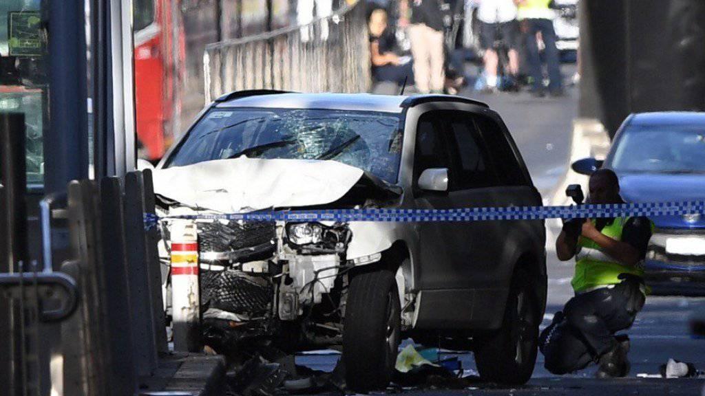 Mit diesem Auto raste ein IS-Sympathisant 2017 in der australischen Stadt Melbourne in eine Menschenmenge. 20 Menschen wurden verletzt, einer davon starb später im Spital. (Archivbild)