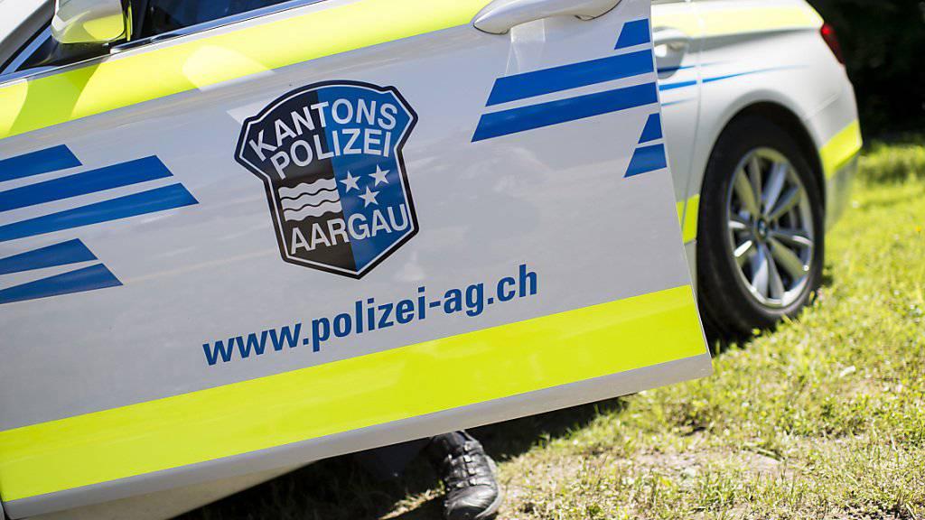 Rund 60 Menschen sind in Oftringen AG aus ihren Wohnungen evakuiert worden, weil es in einer Tiefgarage gebrannt hatte. (Symbolbild)
