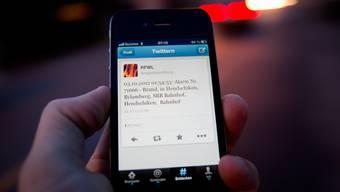 Diese Nachricht verschickte die Regio Feuerwehr Lenzburg am Mittwoch um 1:54 Uhr über Twitter.