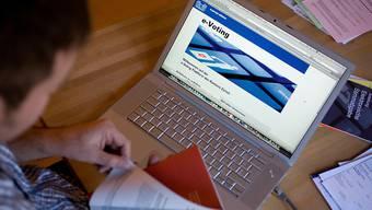 Der Bundesrat will E-Voting im ordentlichen Betrieb zulassen.