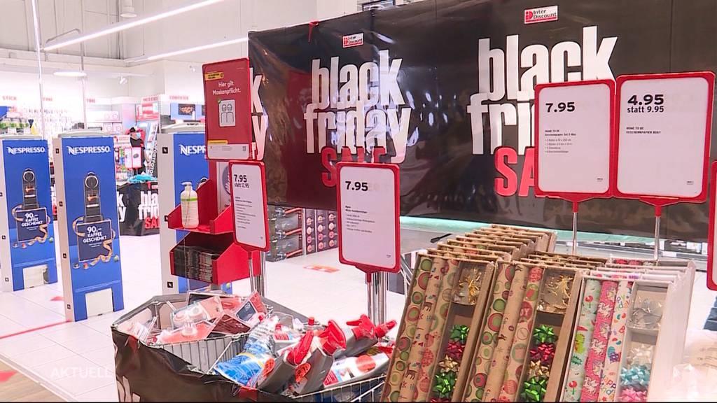 Black Friday: Spüren die Einkaufsläden den Onlinehandel?