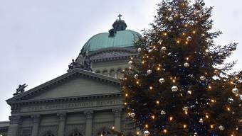 In der Wintersession wird auch im Bundeshaus etwas mehr gefeiert als üblich. (Archivbild)