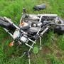 Das stark beschädigte Motorrad.