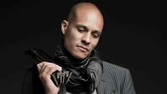Der Genfer Weltklasse-Musiker Grégoire Maret mit seiner Mundharmonika.