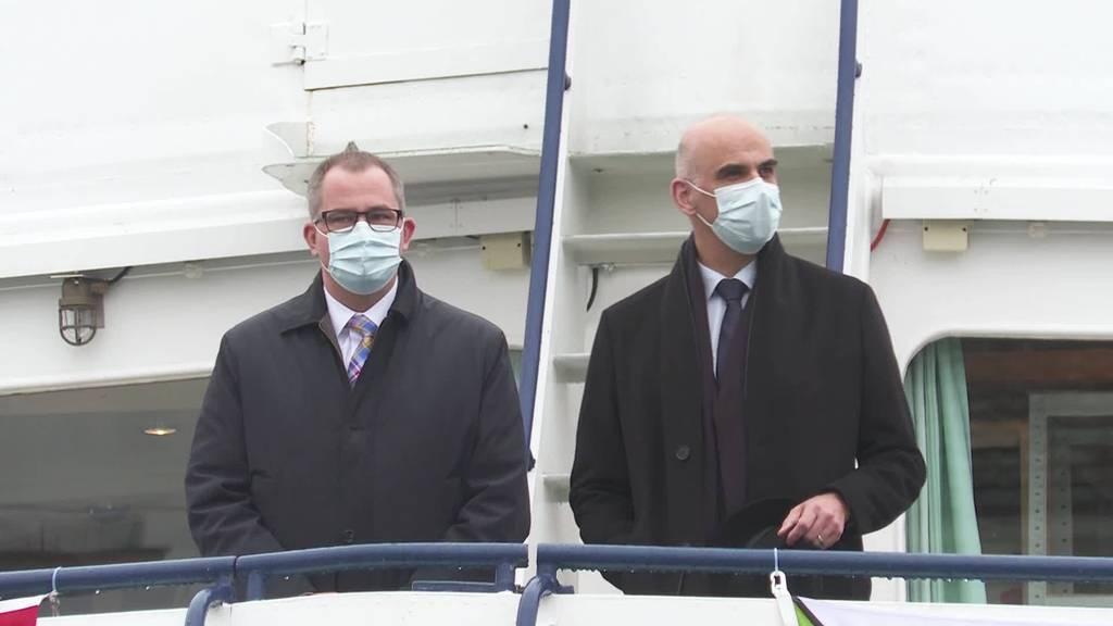 Hoher Besuch: Alain Berset weiht thurgauer Impfschiff ein