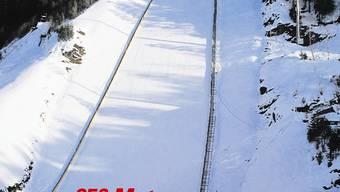 Bis zu 250 Meter weit sollen Simon Ammann und Co. auf der neuen Schanze in Vikersund fliegen. Tore Vossen
