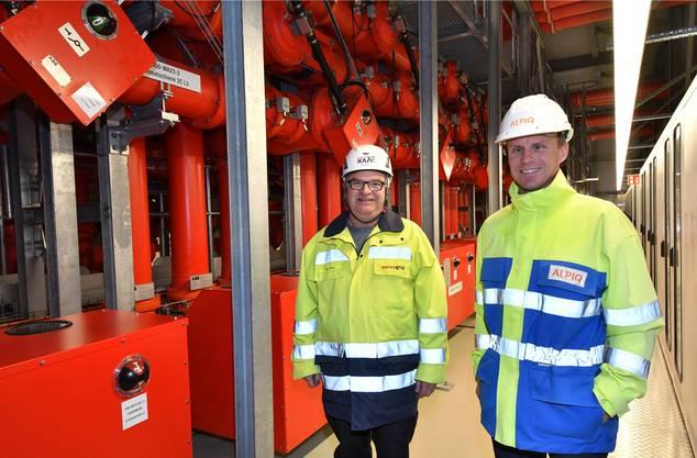 Zufriedene Projektleiter: Willi Wirz (links) von der Bauherrin Swissgrid AG (Laufenburg), Sascha Wyss von der Gesamtplanerin Alpiq EnerTrans AG (Niedergösgen).