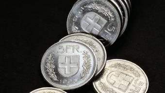 Fünf Franken werden den Angestellten des Kantons monatlich vom Lohn abgezogen, damit der Gesamtarbeitsvertrag (GAV) «weiterentwickelt» werden kann.