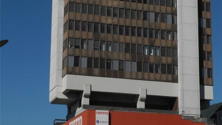 Das markante «Centro»-Hochhaus ist heuer 40-jährig und bekommt eine neue Fassade.