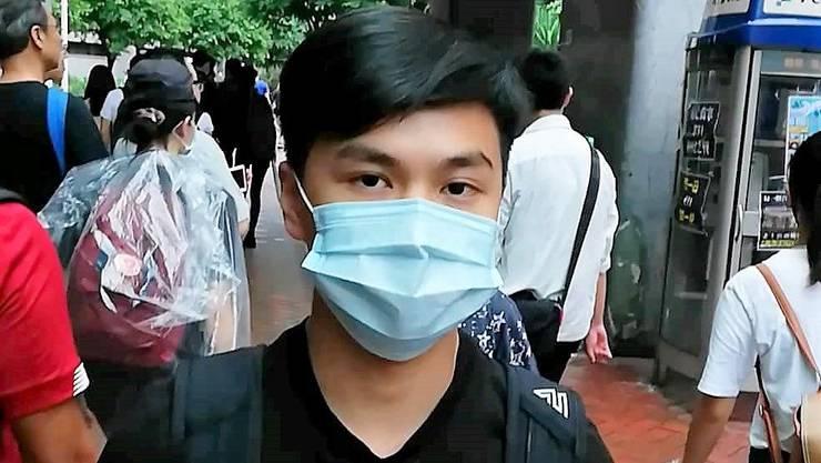 """«Die Regierung ist verzweifelt, weil wir nicht so sind, wie sie uns haben will"""", sagt Desmond Lau, 18."""