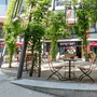 «Wir haben eine schöne Terrasse», schwärmt «Einstein»-Wirt Franz Maier. Der «Einstein-Platz» liegt zwischen dem AZ Medienhaus und der NAB.