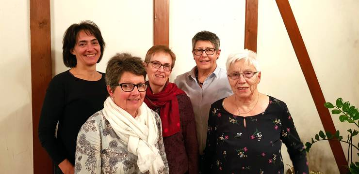 Geehrte Mitglieder v.l.: Esther Meier, Ruth Haldemann, Ruth Heiniger, Ruth Hofmann, Laura Götti