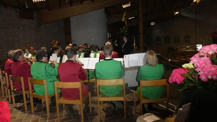 Die SG beim ersten Auftritt in der Wendolinskirche in Dulliken!