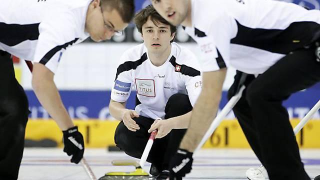 Teamarbeit: Valentin Tanner (l.), Benoît Schwarz und Dominik Märki