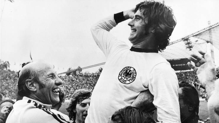 Auf dem Höhepunkt seiner Karriere: Gerd Müller jubelt nach dem 2:1-Siegtreffer im WM-Final gegen Holland.