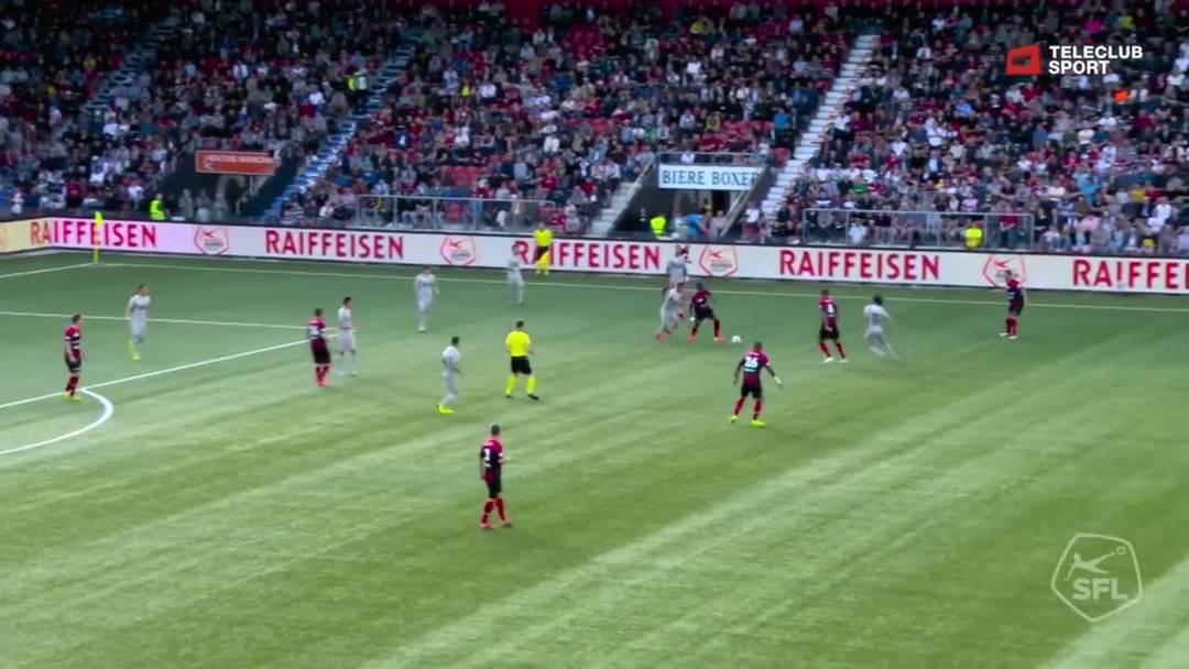 Barrage-Hinspiel, 2018/19, Neuenburg Xamax – FC Aarau, 18. Minute: Schuss von Geoffroy Serey Die